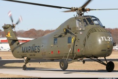 Sikorsky UH-34D 001