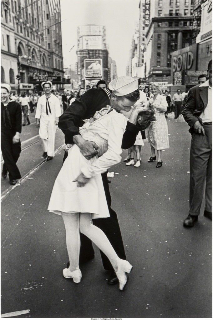 The Kiss VJ Day